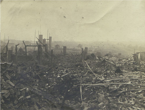 The Wyke Lane site after the explosion of February 1917.
